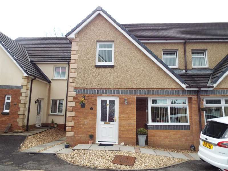 4 Bedrooms Semi Detached House for sale in Tumble
