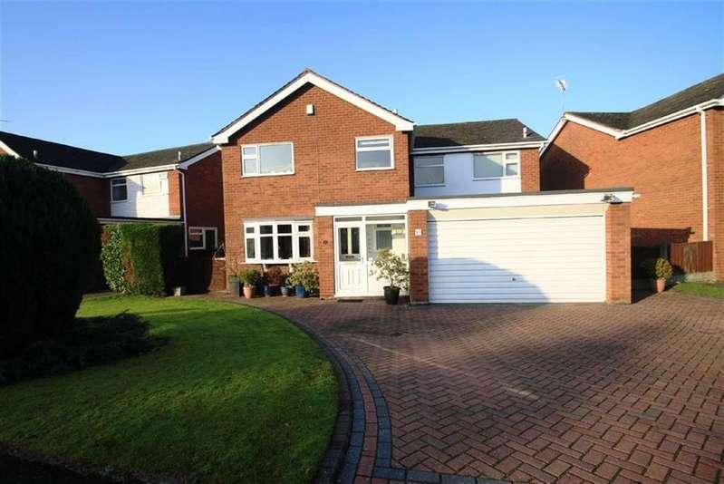 4 Bedrooms Detached House for sale in Edgeway, Wilmslow