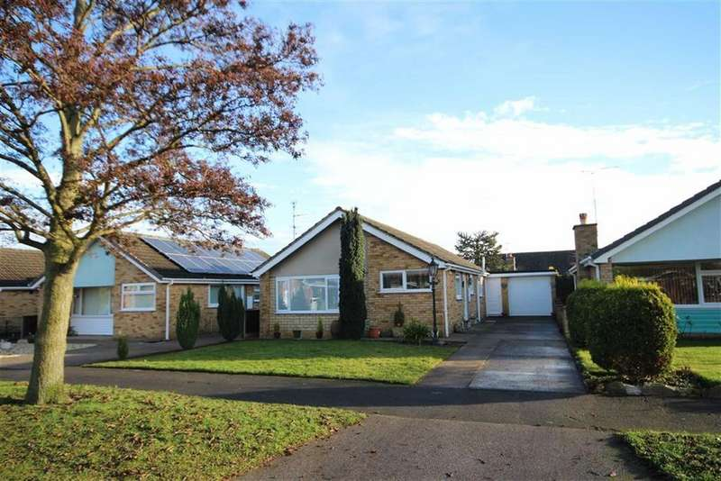 2 Bedrooms Detached Bungalow for sale in Calder Road, Lincoln, Lincolnshire