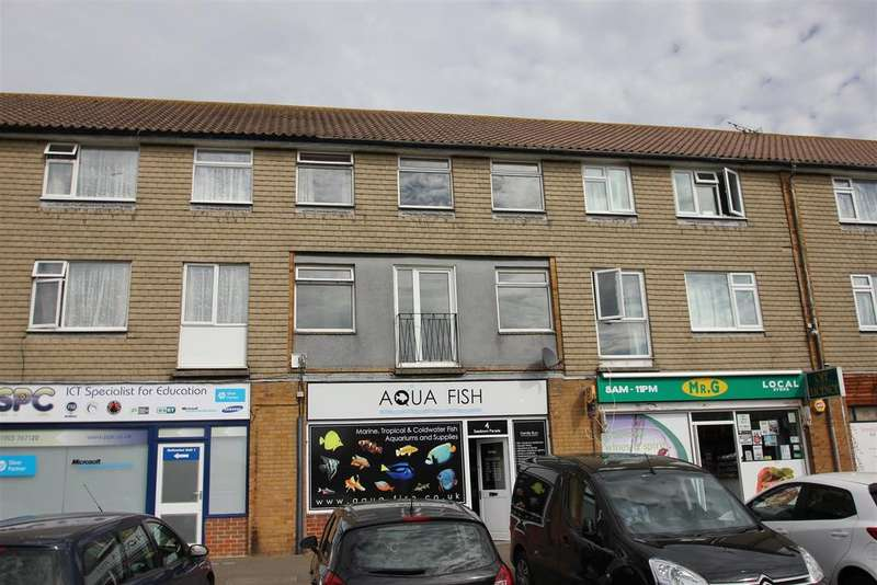 3 Bedrooms Maisonette Flat for sale in Bowness Avenue, Sompting, Lancing