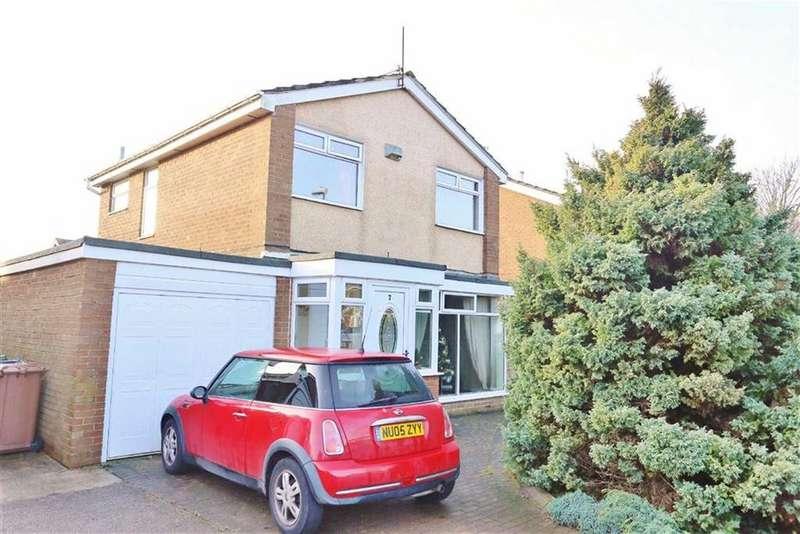 3 Bedrooms Detached House for sale in Milcombe Close, Moorside, Sunderland, SR3