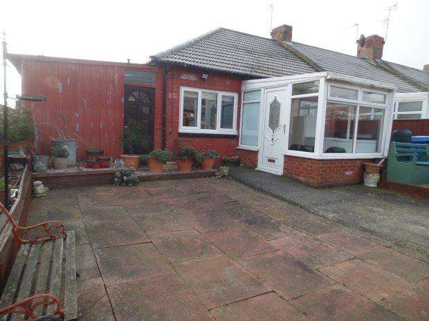2 Bedrooms Terraced Bungalow for sale in STOCKTON AVENUE, HORDEN, PETERLEE AREA VILLAGES