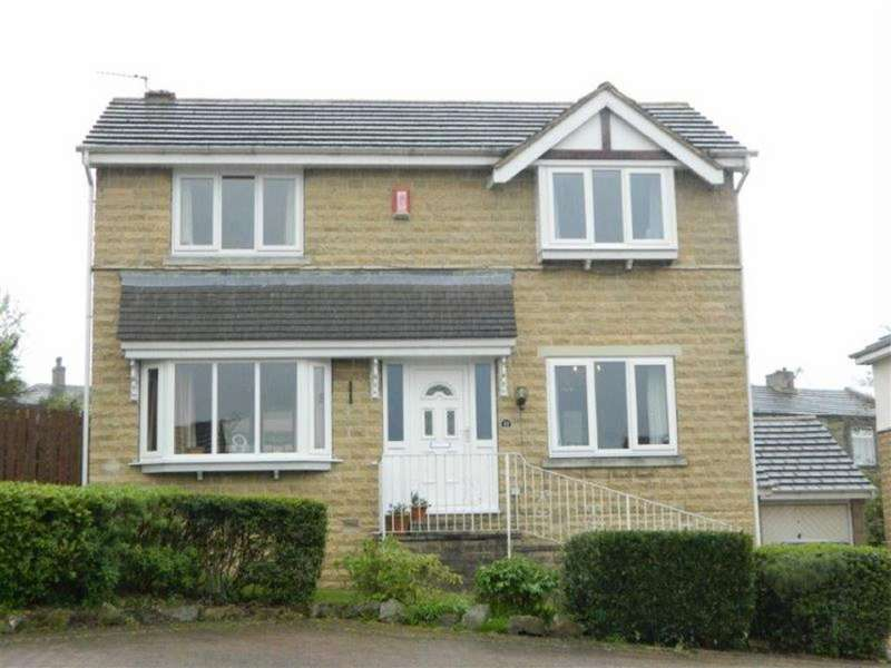 3 Bedrooms Detached House for sale in Grayshon Drive, Bradford, BD6