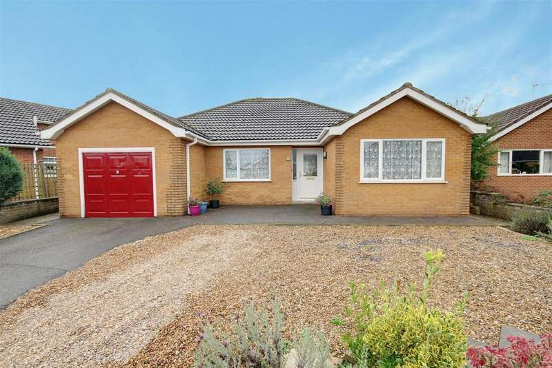 2 Bedrooms Detached Bungalow for sale in 28 Coles Avenue, Alford