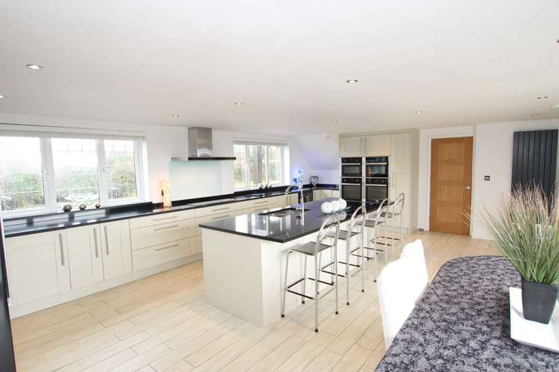 6 Bedrooms Detached House for sale in Summerhill Lane, Polegate, BN26 6QY