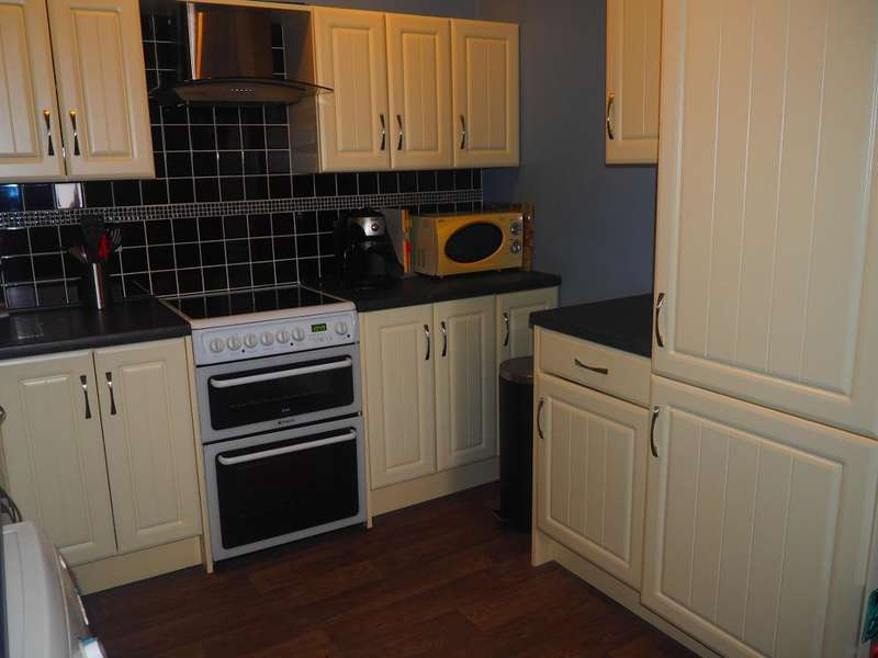 1 Bedroom Apartment Flat for sale in Lister Court, Old Town, Hull, HU1 1NH