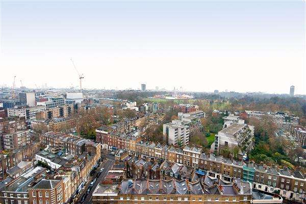 1 Bedroom Flat for sale in PORCHESTER PLACE, HYDE PARK, W2