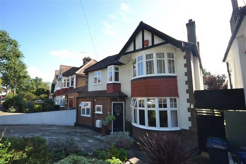 4 Bedrooms Detached House for sale in Friary Road, North Finchley, London