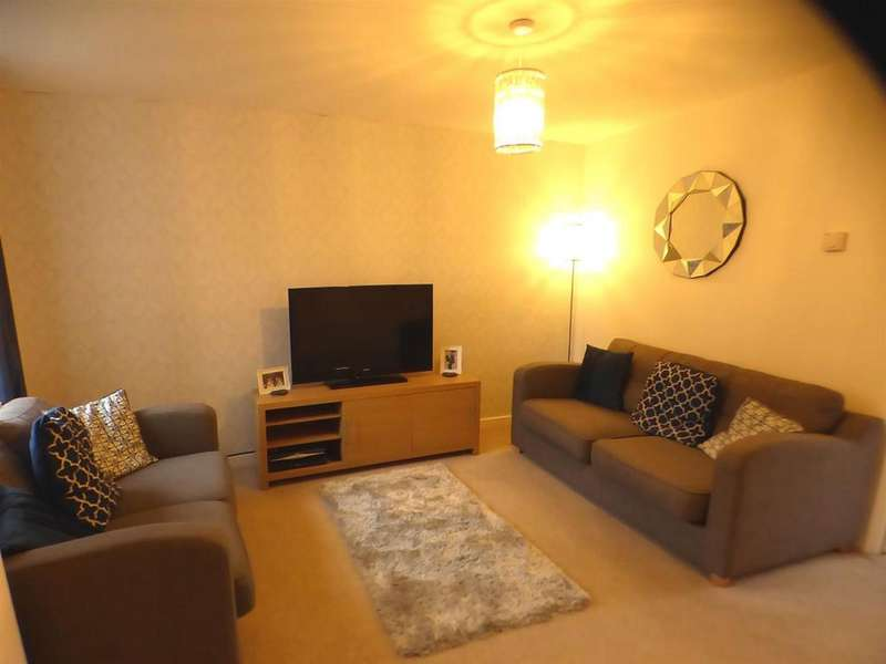 2 Bedrooms House for sale in Llys Cambrian, Godrergraig, Swansea