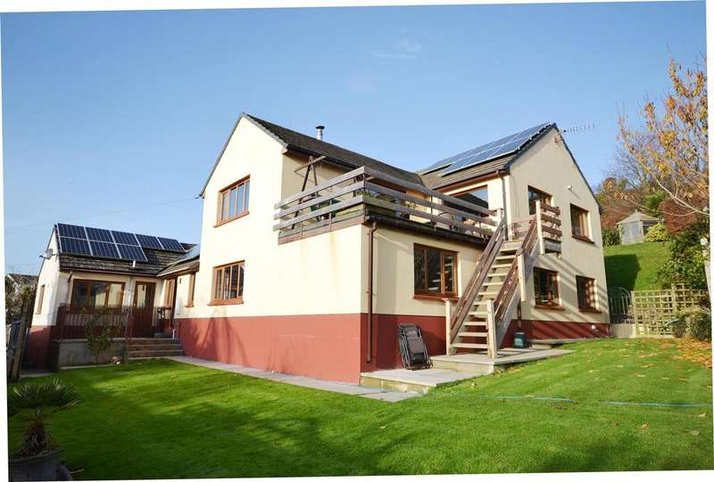 5 Bedrooms Detached House for sale in Penally, Tenby