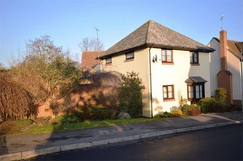 3 Bedrooms Detached House for sale in 1 Normansfield, Great Dunmow