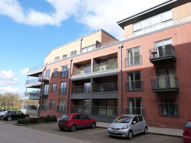 2 Bedrooms Flat for sale in Diglis, Worcester
