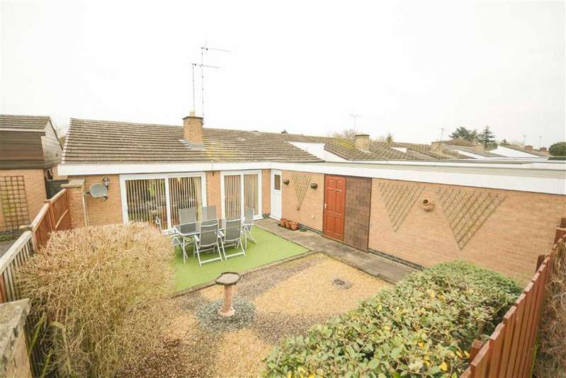 3 Bedrooms Detached Bungalow for sale in Sunnindale Drive, Tollerton