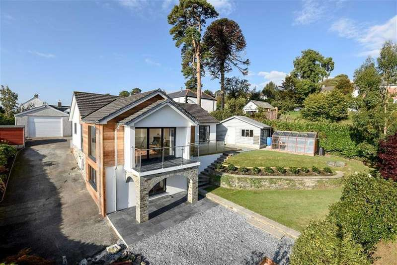 4 Bedrooms Detached House for sale in St Stephens Hill, St Stephens, Launceston, Cornwall, PL15