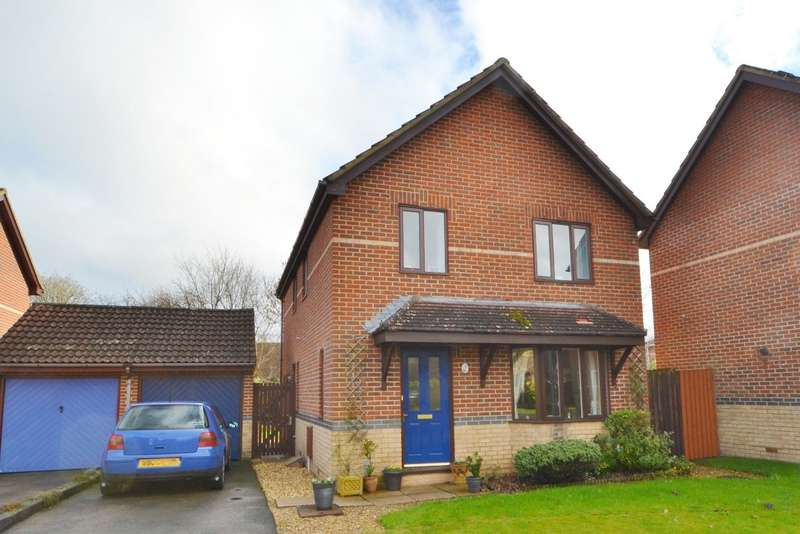 4 Bedrooms Detached House for sale in Bishopdown Farm