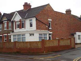 3 Bedrooms End Of Terrace House for sale in Cheriton High Street, Cheriton, Folkestone, Kent