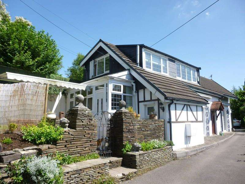 3 Bedrooms Detached House for sale in Machen, Caerphilly