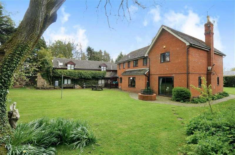 5 Bedrooms Detached House for sale in Kingshill, Nextend, Lyonshall, Kington, HR5