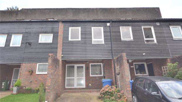 4 Bedrooms Terraced House for sale in Northcott, Bracknell, Berkshire