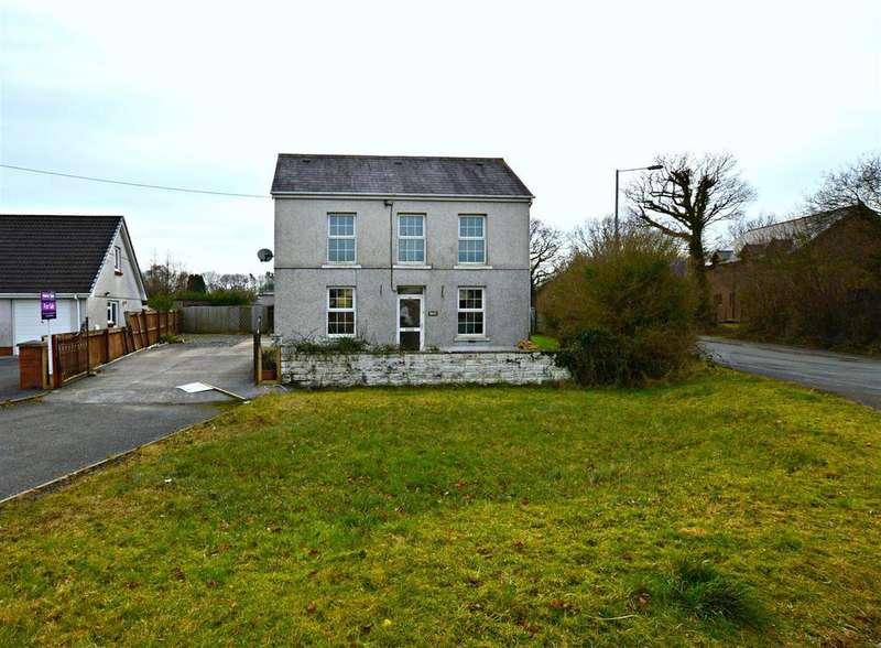 3 Bedrooms Detached House for sale in Dyffryn Road Ammanford