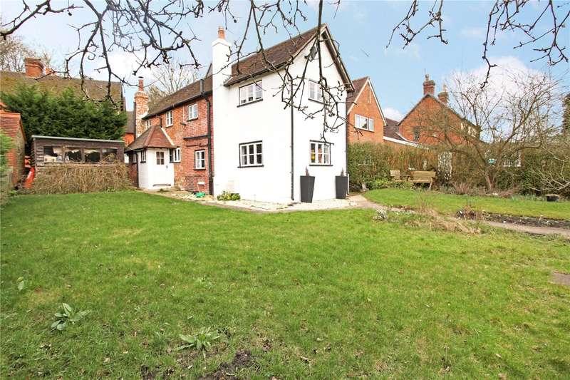 3 Bedrooms Terraced House for sale in Guildford Road, Abinger Hammer, Dorking, Surrey, RH5