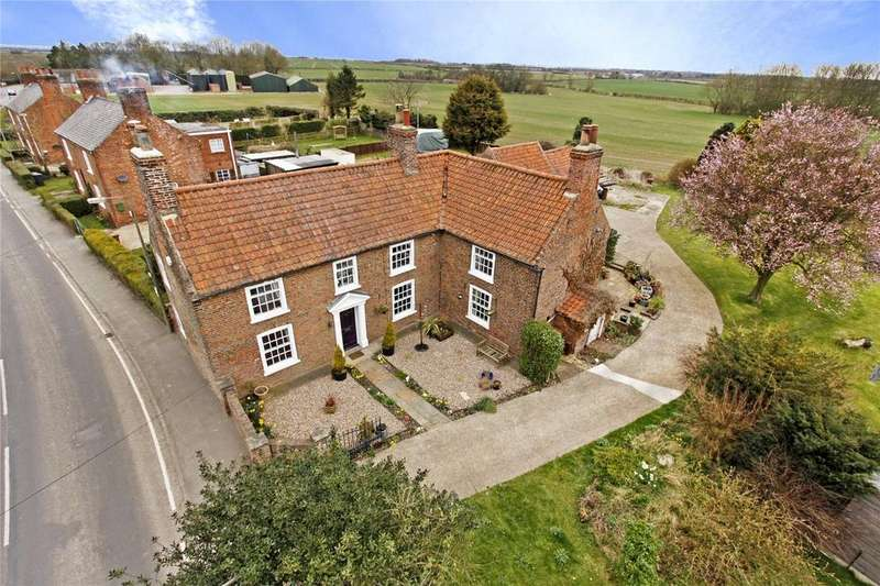 4 Bedrooms Detached House for sale in Main Street, Thornton Curtis, Ulceby, North Lincolnshire