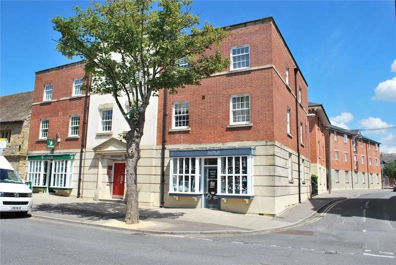 2 Bedrooms Retirement Property for sale in Folly Mill Lodge, South Street, Bridport, Dorset
