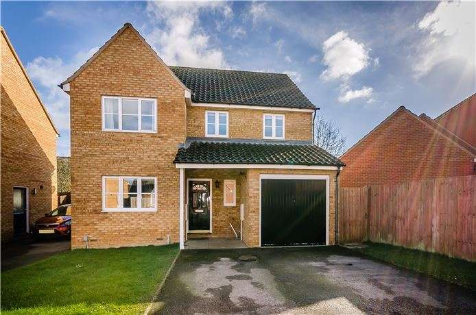 3 Bedrooms Detached House for sale in Beresford Road, Ely