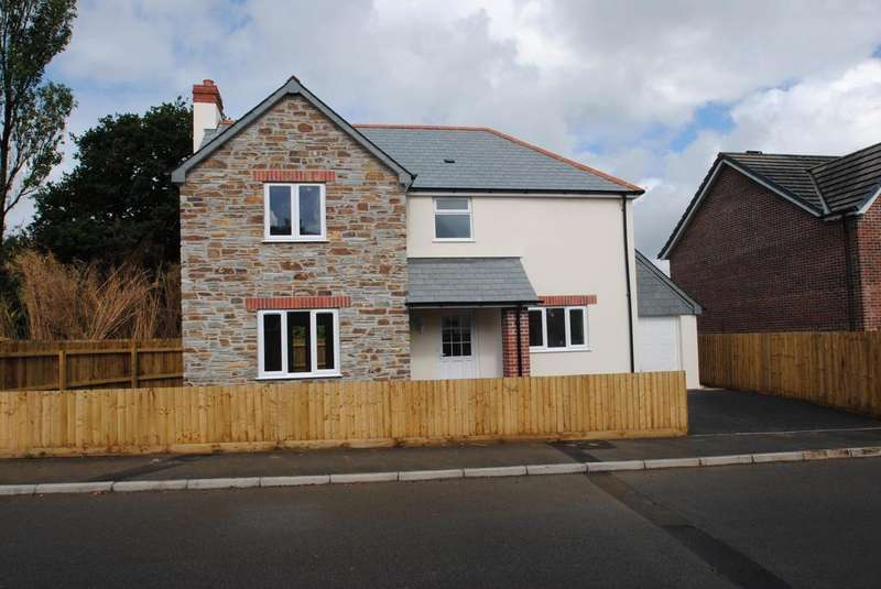 3 Bedrooms Detached House for sale in Snowdrop Crescent, Launceston
