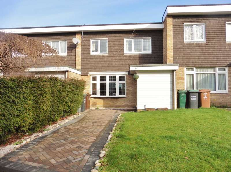 3 Bedrooms Terraced House for sale in Lower Tail, Carpenders Park