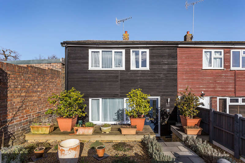 3 Bedrooms End Of Terrace House for sale in Oak View, Edenbridge, TN8