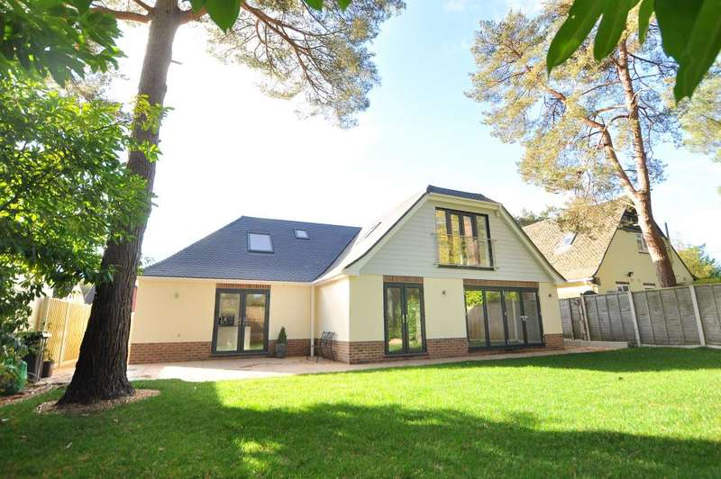 5 Bedrooms Detached Bungalow for sale in Ferndown