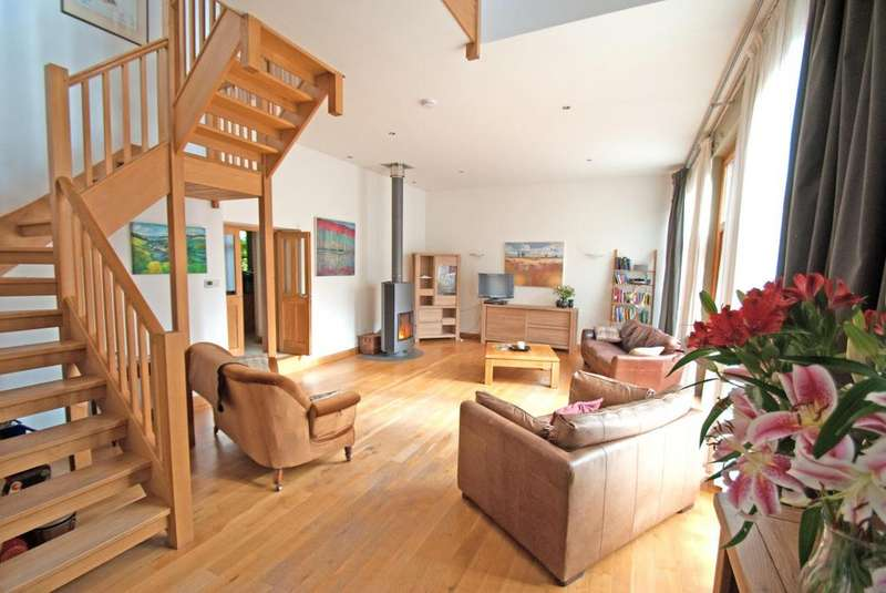 3 Bedrooms Terraced House for sale in Huntsham, Tiverton