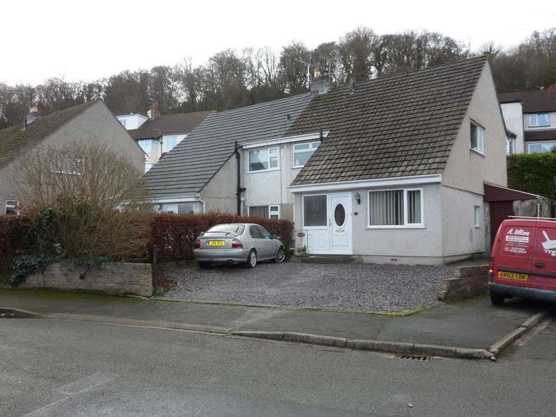 3 Bedrooms Semi Detached House for rent in Russell Avenue, Colwyn Bay, Colwyn Bay, LL29 7TR