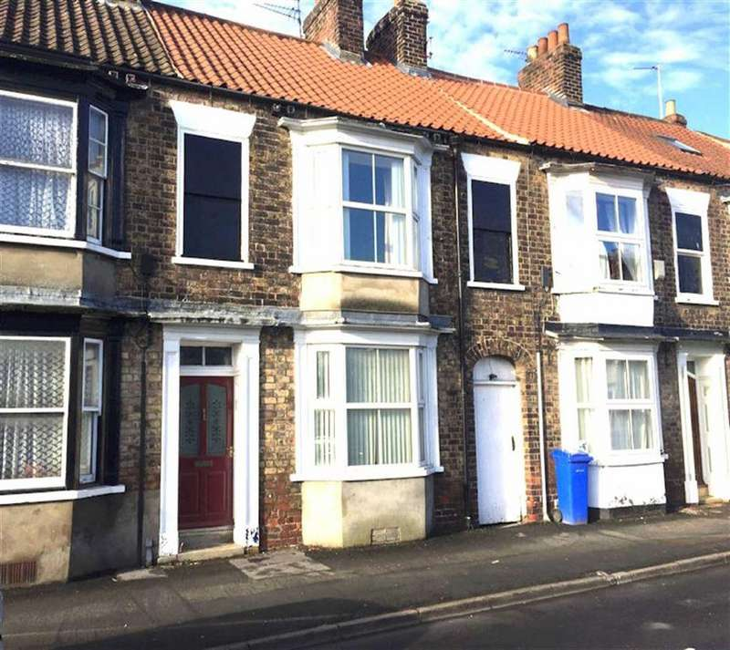 3 Bedrooms Terraced House for sale in Middle Street South, Driffield, East Yorkshire