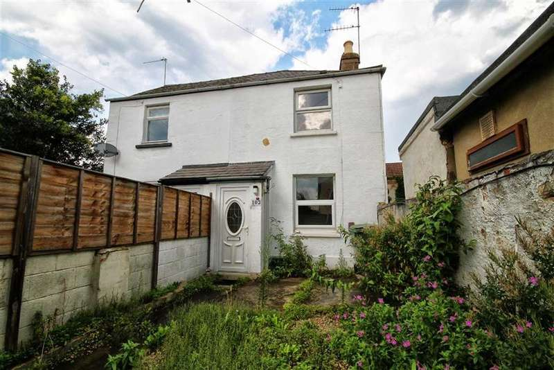 2 Bedrooms Terraced House for sale in St Pauls Road, St Pauls, Cheltenham, GL50