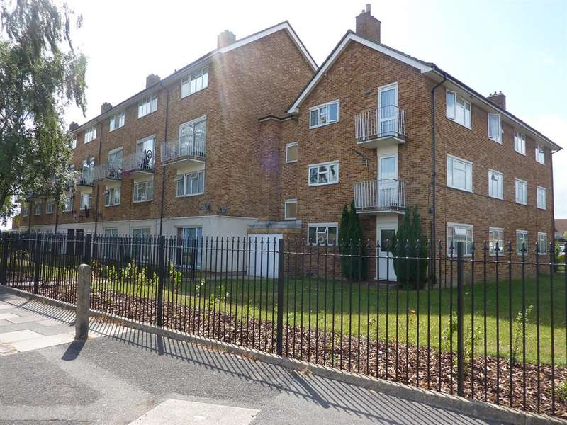 1 Bedroom Flat for sale in Groves House, Bevin Road, Hayes, UB4 9JH