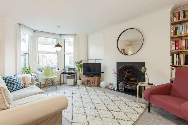 2 Bedrooms Flat for sale in Sulgrave Road, London, W6