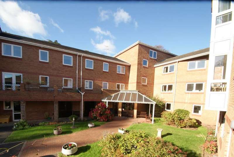 1 Bedroom Ground Flat for sale in Milton House | Church Road | Newton Abbot