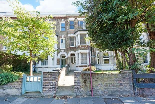 4 Bedrooms Terraced House for sale in Norwood Road, Herne Hill