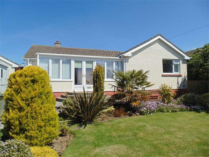 3 Bedrooms Detached House for sale in Church Road, Roch, Haverfordwest, Pembrokeshire