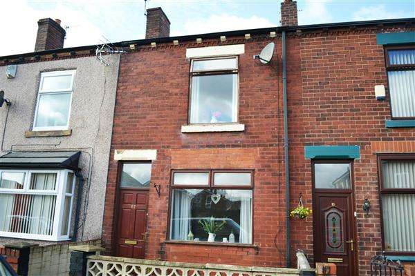 2 Bedrooms Terraced House for sale in Ledbury Street, Leigh