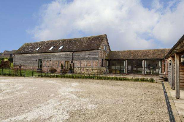 4 Bedrooms Detached House for sale in Hooked Hill Barn, Golding, Condover, Shrewsbury