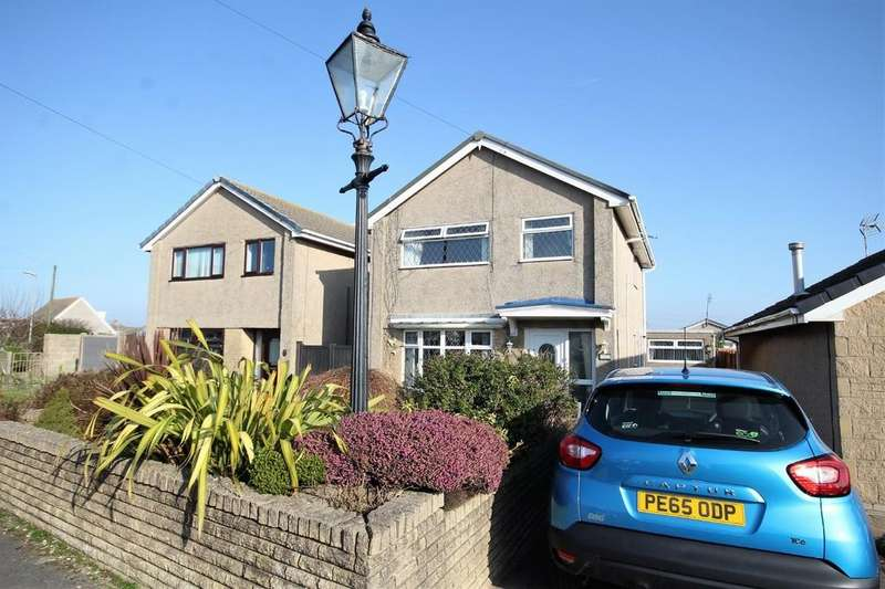 3 Bedrooms Detached House for sale in 11 Castle View, Barrow-In-Furness