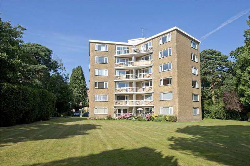 2 Bedrooms Flat for sale in Melbury, 14 Lindsay Road, Poole, Dorset, BH13