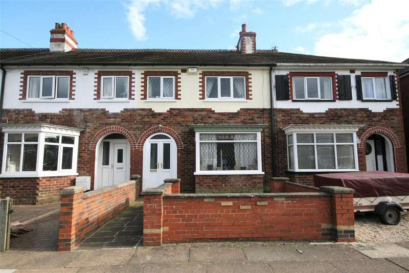 3 Bedrooms Terraced House for sale in Stratford Avenue, Grimsby, DN33