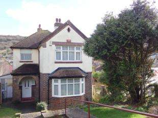 3 Bedrooms Detached House for sale in Folkestone Road, Dover, Kent
