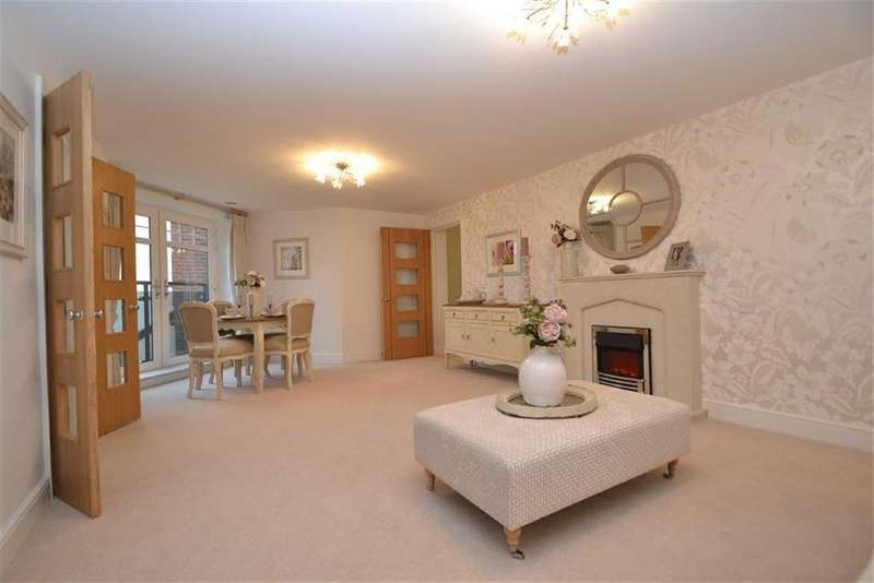 2 Bedrooms Apartment Flat for sale in Stiperstones Court, Abbey Foregate, Shrewsbury