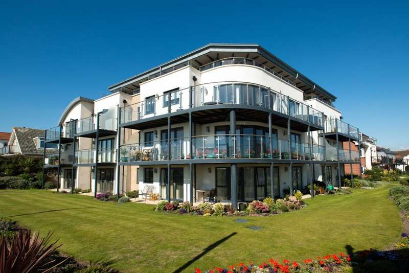 1 Bedroom Retirement Property for sale in Dean Lodge, 17 Grange Road, Bournemouth, Dorset, BH6