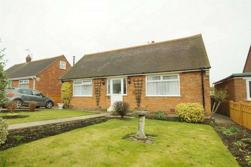 2 Bedrooms Detached Bungalow for sale in Brierley Road, Crossgates, Scarborough